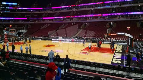 section 110 united center united center section 110 chicago bulls rateyourseats com