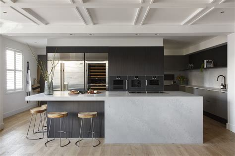 caesarstone splashback cooktop the block kitchen kerrie spence caesarstone