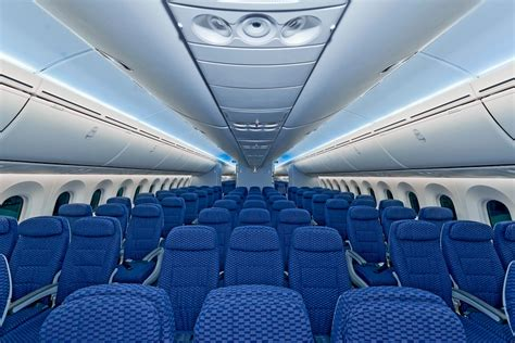 United Dreamliner Interior by United Matches American S 12 000 Mileage Bonus Sort Of