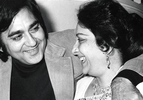 sunil dutt and nargis wedding lesser known facts about bollywood indiatv news