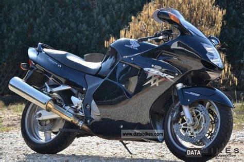 honda cbr 1100 xx 2007 honda cbr1100xx super blackbird moto zombdrive com