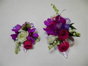 boutonnieres and corsages prom corsages and boutonnieres personals
