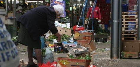 banco alimentare calabria la fondazione banco alimentare calabria contro i tagli