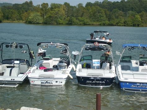 wakeboard boats expensive find the best barefoot water skiing boom for your supra