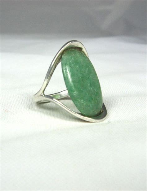 Pin Korpri Asn Ri Oval T1310 2 best 25 jade ring ideas on ring necklace antique jewelry and antique sapphire rings