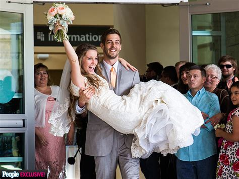 jill duggar and derick dillard s wedding see rehearsal jill duggar dillard and husband derick s covenant