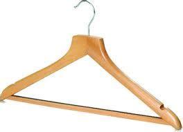 Gantungan Baju Kayu Bagus Wooden Hangers Warna Warni 4pcs Rp 70rb jual wooden hanger jual wooden hanger dengan kualitas terbaik harga terjangkau dan tersedia