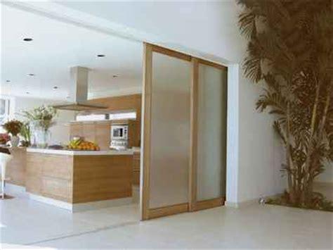 Ideen Begehbarer Kleiderschrank 1300 by Aluminium Sliding Door Premium Sliding Doors Pty Ltd