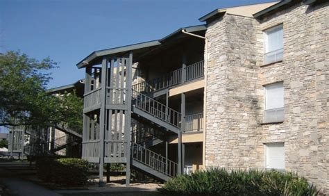 oaks appartments ashler oaks apartments san antonio tx apartment finder