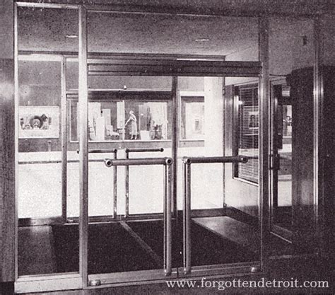 tubelite doors monumental doors entrance quot quot sc quot 1 quot st