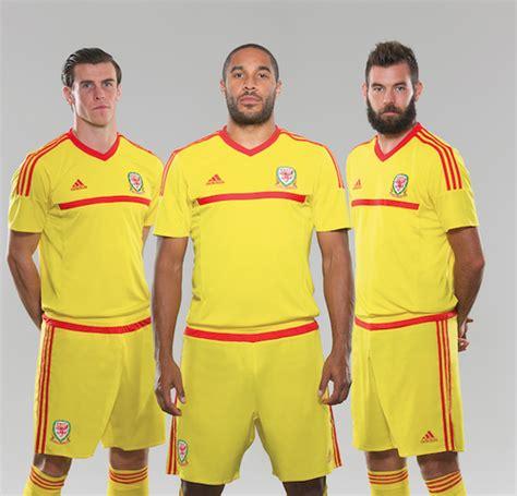 Jerey Wales Away yellow wales jersey 2015 adidas new away football kit 2015 football kit news new