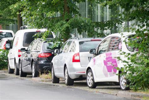 Harz Auf Auto Entfernen by Ratgeber Baumharz Auf Autolack Und Scheibe Entfernen