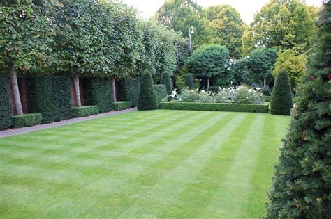 Large Suburban Garden Damian Costello Garden Design Garden Design Ideas For Large Gardens