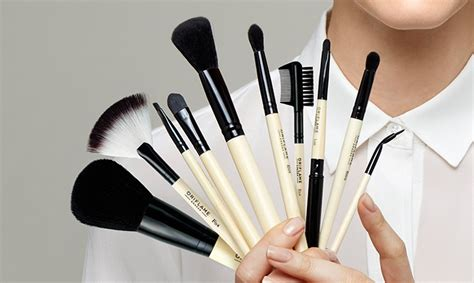 Makeup Brush Set Oriflame the ultimate brush guide oriflame cosmetics