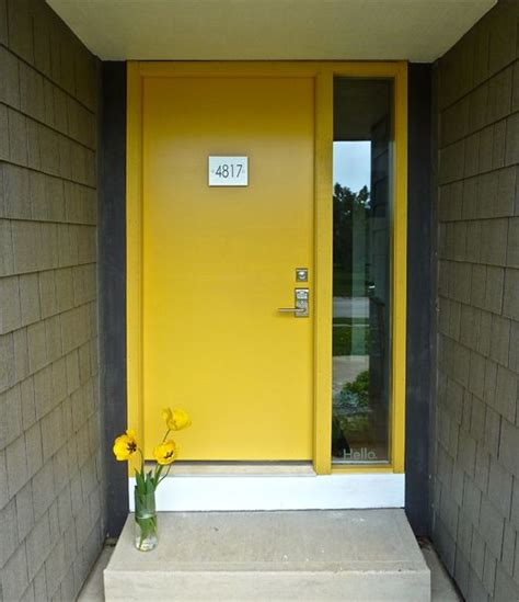 bright yellow door 25 best ideas about yellow front doors on pinterest