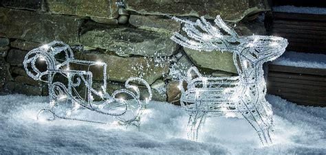weihnachtsdekoration schlitten so gelingt die weihnachtsdeko ratgeber lenwelt de