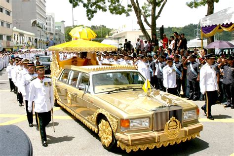 sultan hassanal bolkiah car collection abu dhabi envy sultan hassanal bolkiah s top 11 exotic