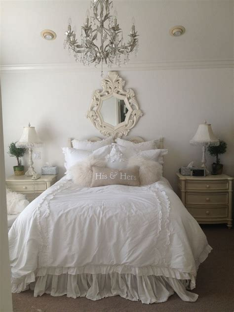 feminine shabby chic bedroom interior ideas  examples