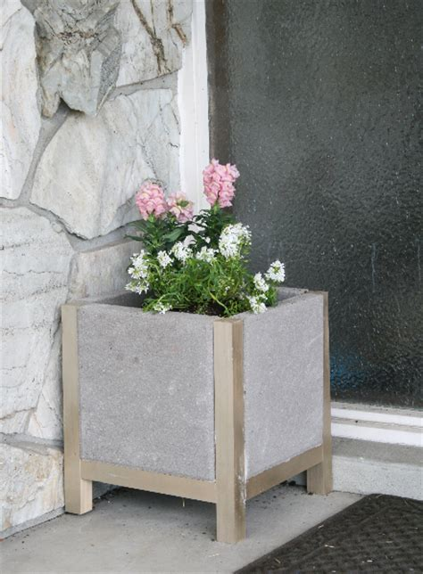 Paver Planters by Is Beautiful Diy Paver Planters
