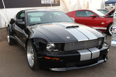 widebody mustang shelby wide body kit for ford mustang gt500 2005 2009