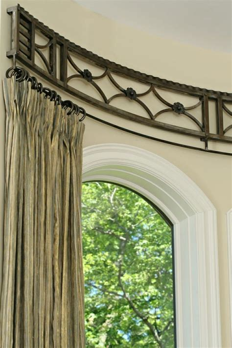 Bow Window Curtains Best 25 Bow Window Curtains Ideas On Pinterest Bedroom Window Dressing Bow Window Treatments