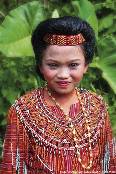 Acl0766 Costume Pelayan Pakaian Dalam Wanita 64 best images about baju daerah indonesia on traditional bukittinggi and kebaya