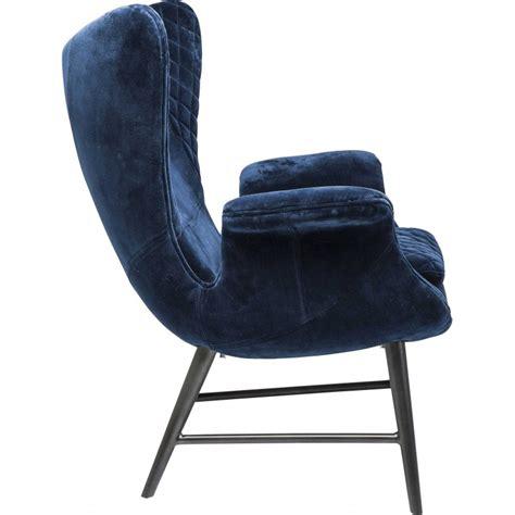 fauteuil velours design fauteuil r 233 tro en velours bleu tudor kare design