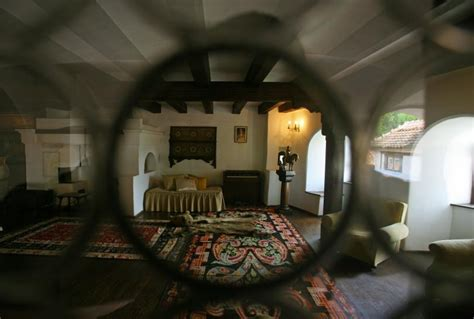 Bran Castle Interior Pictures by Dracula S Castle For Sale In Transylvania Tour Inside