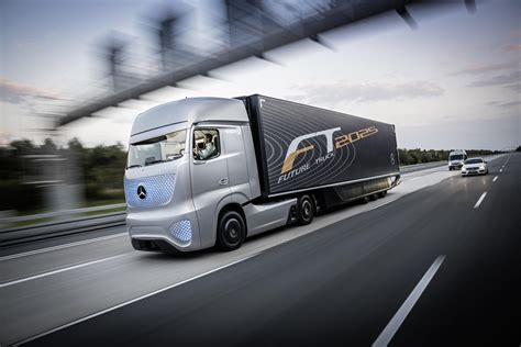 mercedes truck mercedes benz unveils future truck 2025 video