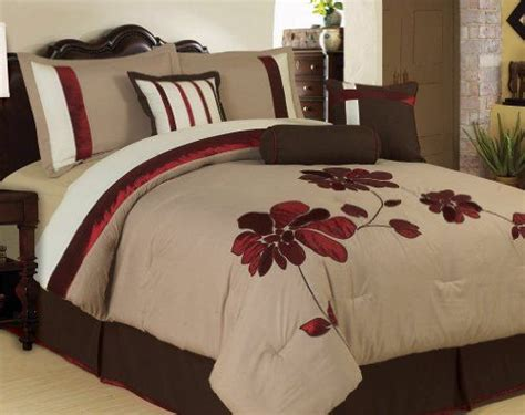 brown and red bedroom 17 best images about bedroom ideas on pinterest scarlet