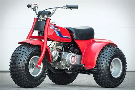 ride   big kids  honda atc   wheeler