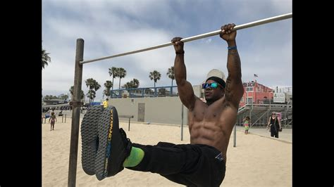 best abs exercises on pull up bar
