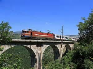 Rezervisite izlet vozom crna gora globtour