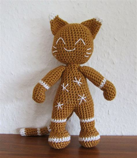 knitted gingerbread free pattern the gingerbread cat knitting bee