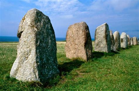 zaman batu dan pembagian zaman batu the age
