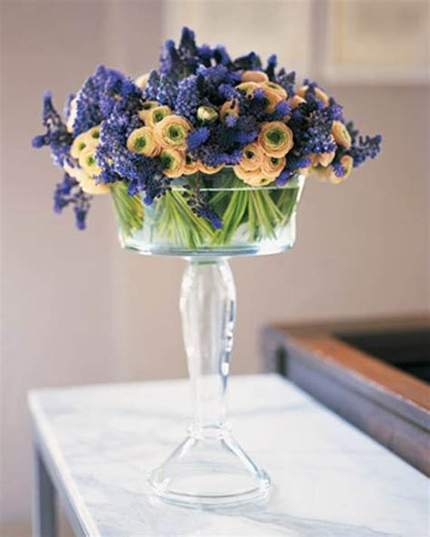 flower centerpiece ideas 35 simple flower arrangements table centerpieces