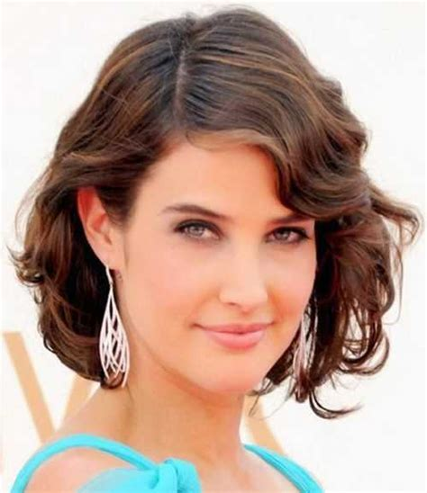 How To Do Wavy Hairstyles by Feminine Wavy Hairstyles For Hairstylesco
