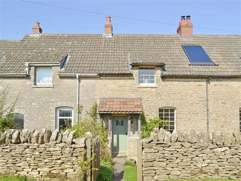 Castle Cottage by Castle Cottage In Stroud Selfcatering Travel