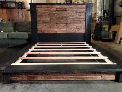 diy wood pallet bed  headboard  pallets