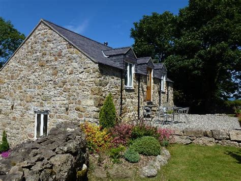 Cottage Benllech by Plas Llanfair Cottages In Benllech Anglesey
