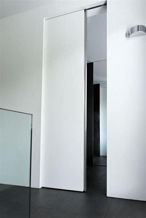 Schiebetürsystem In Der Wand Laufend by Schlichte Schiebet 252 Ren Im Modernen Design Fast Unsichtbar