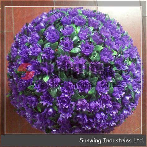fiori a palla viola di plastica viola rosa fiore palla sfera di plastica erba