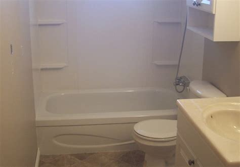how to install a bathtub and surround bathtub surrounds installation 28 images claw foot tub
