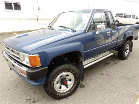 Classic Toyota 4x4 Trucks For Sale 1987 Toyota Deluxe 4x4 One Owner Low Mileage