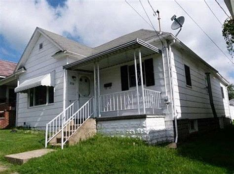 2014 goff ave clarksburg wv 26301 foreclosed home