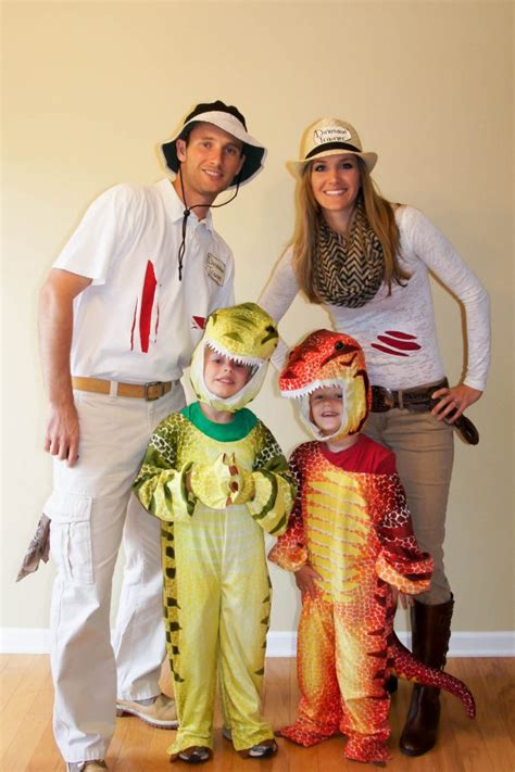 halloween themes for families 20 diy halloween costumes landeelu com