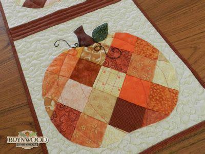 brynwood needleworks blog patchwork pumpkins table runner