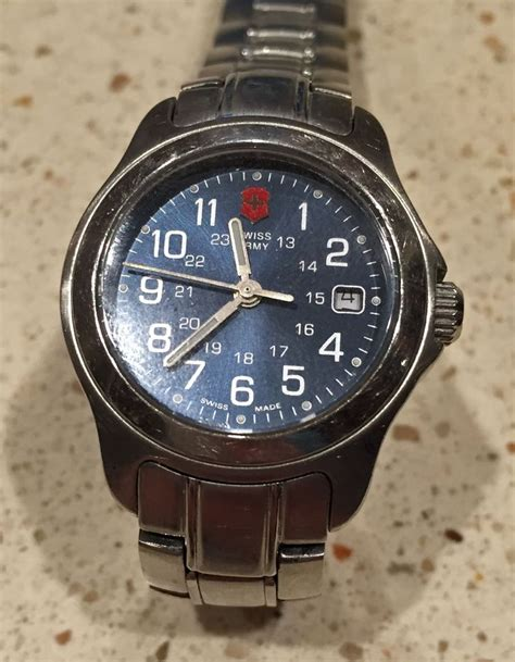 Swiss Army 1030 Silver Plat Blue Original 1000 images about my watches on quartz