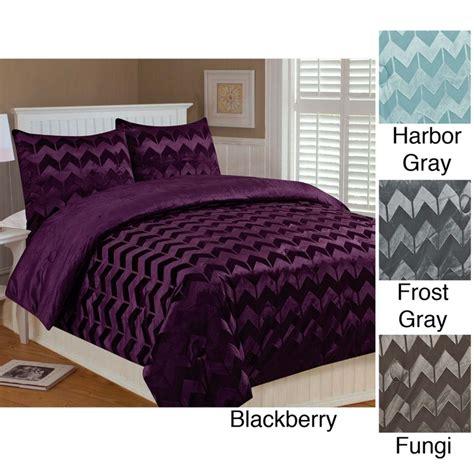 chevron bedding queen chevron 3 piece queen size comforter set by thro
