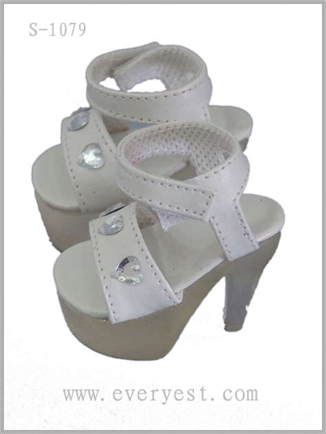 18 high heel doll shoes for american doll